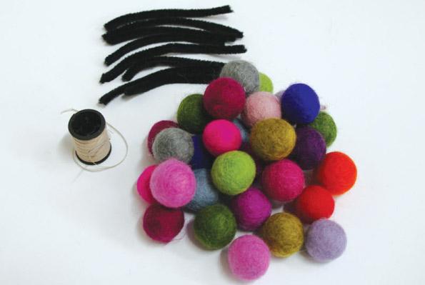 Felt-Balls2