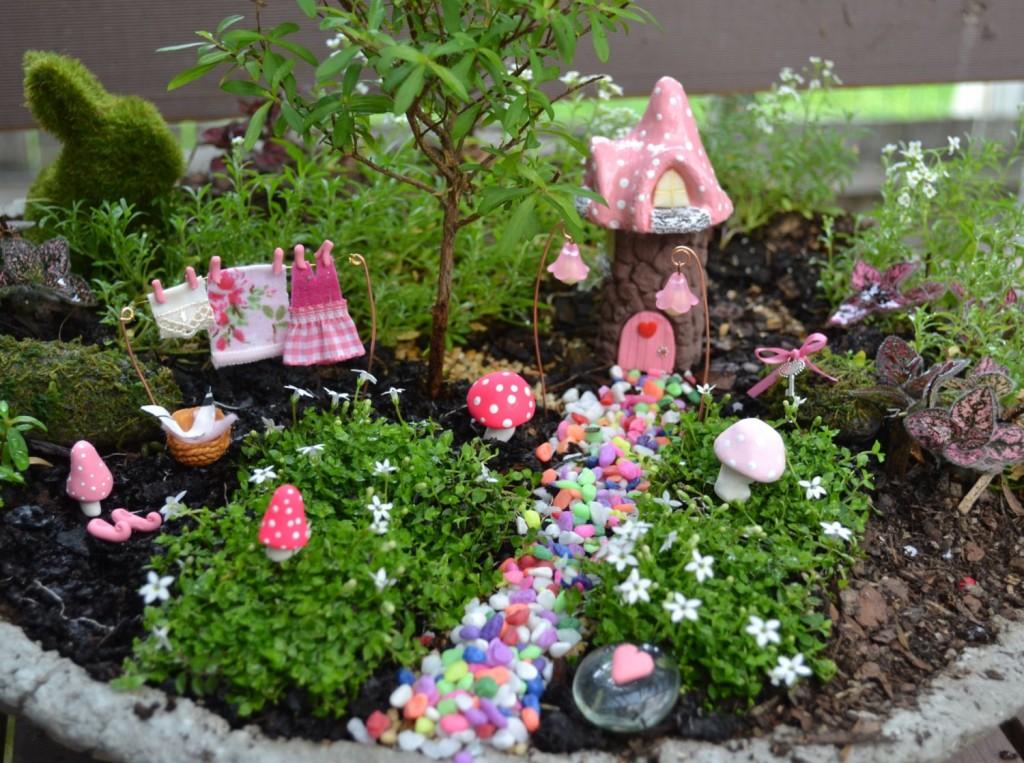 indoor fairy garden 6 fabulous fairy gardens bright star kids indoor garden - Fairy Garden Ideas